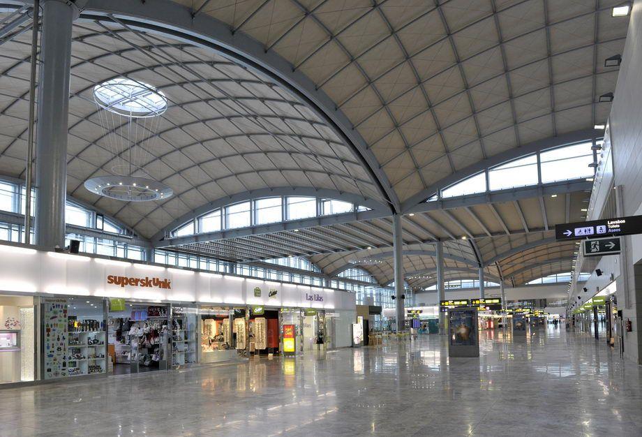 Aeroporto Alicante : Alicante elche airport flytospine